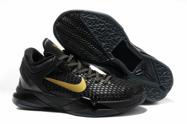 Kobe 7 Shoes Black Gold
