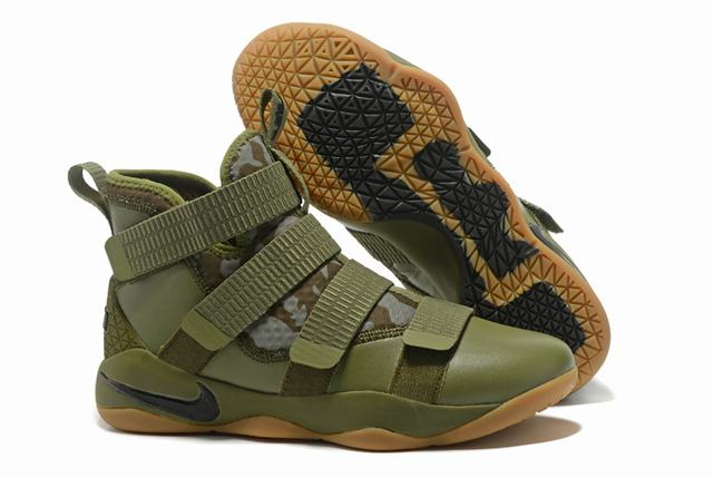 Nike Lebron James Soldier 11 Shoes Army Green