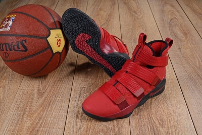Nike Lebron James Soldier 11 Shoes Red Black Red