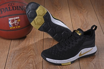 Nike Lebron James Witness 2 Shoes Black Gold